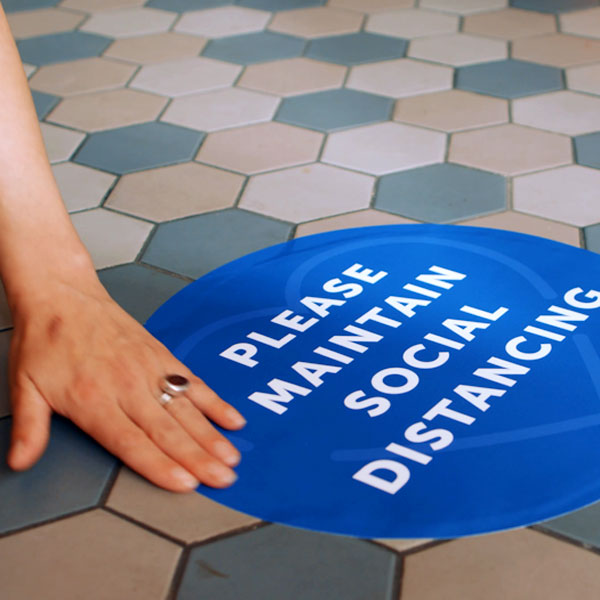 socialdistance_600x600